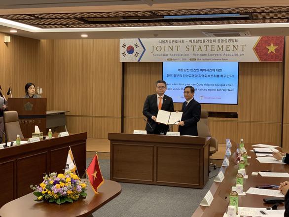 Hội Luật gia Việt Nam và Seoul đề nghị Hàn Quốc điều tra hậu quả chiến tranh Việt Nam - Ảnh 1.