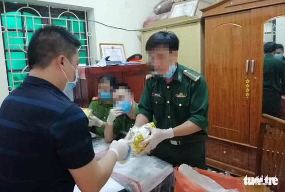 Mở rộng điều tra vụ tàng trữ hơn 700kg ma túy đá ở Nghệ An - Ảnh 1.
