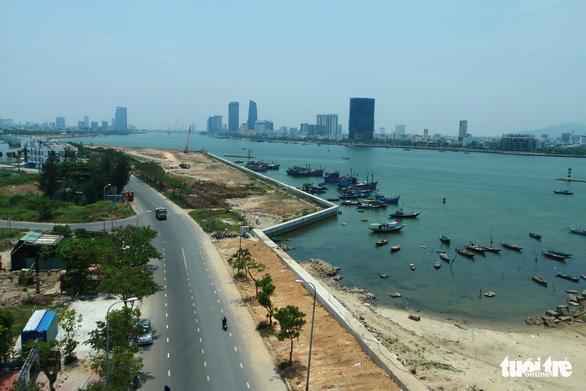 Cần rà soát ngay các dự án lấn sông Hàn phân lô bán nền - Ảnh 1.
