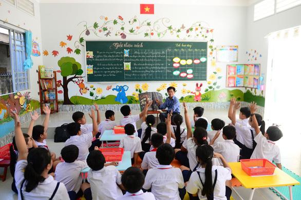 Phát triển văn hóa đọc nhìn từ thư viện trường học - Ảnh 1.