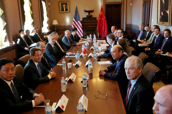 Trung Quốc công bố số liệu kinh tế lạc quan để đàm phán với Mỹ - Ảnh 2.