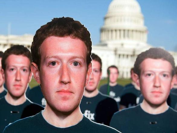 Mark Zuckerberg chia sẻ dữ liệu người dùng cho bạn hữu - Ảnh 1.