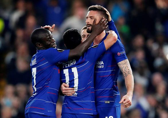 Europa League: Chelsea suýt mất vé vào bán kết vì chủ quan - Ảnh 1.