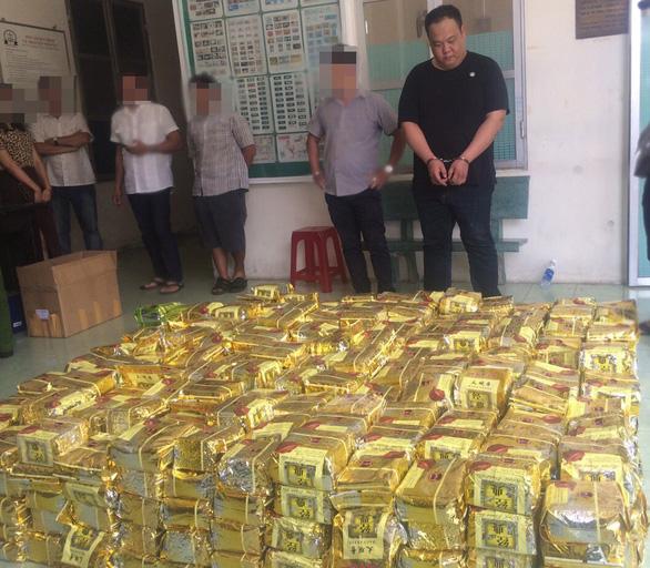 Công an TP.HCM phá đại án ma túy thu hơn 1,1 tấn - Ảnh 1.