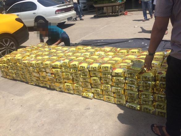 Công an TP.HCM phá đại án ma túy thu hơn 1,1 tấn - Ảnh 4.