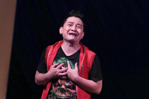 Nghệ sĩ hài Anh Vũ qua đời đột ngột tại Mỹ - Ảnh 4.