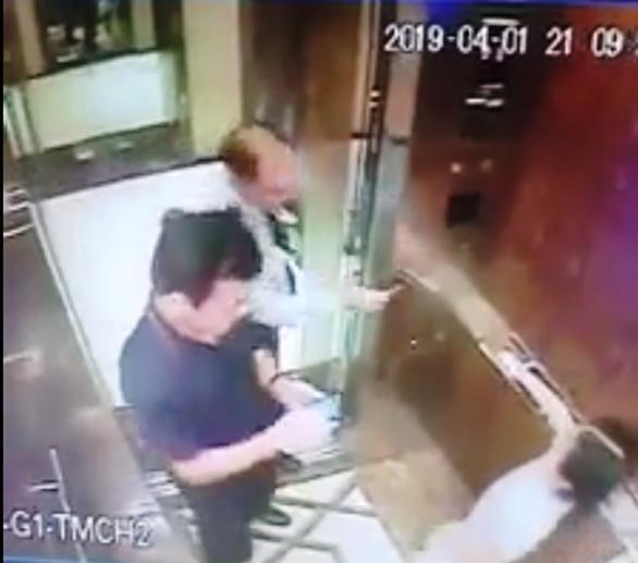 Người đàn ông có dấu hiệu dâm ô trẻ em trong thang máy quận 4 đang ở Đà Nẵng - Ảnh 2.