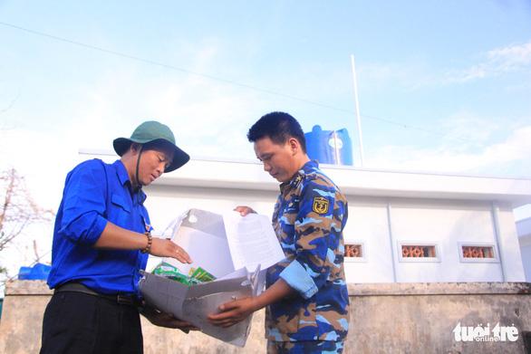 Cài ứng dụng Ereka thi trắc nghiệm về biển đảo Việt Nam - Ảnh 2.