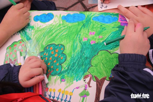 Ngắm những bức tranh thiếu nhi vẽ về môi trường xanh - Ảnh 4.