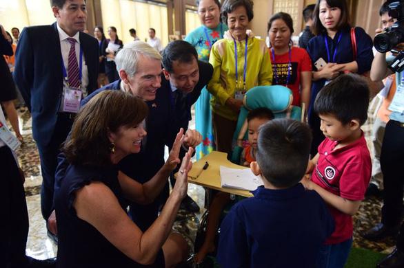 Mỹ cam kết hỗ trợ cải thiện cuộc sống người khuyết tật ở Việt Nam - Ảnh 2.