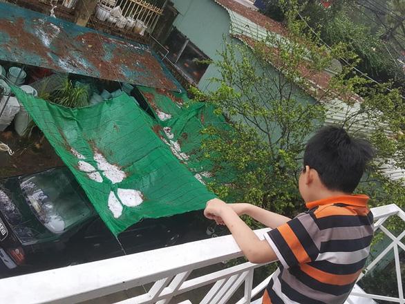 Chiều 20-4, Đà Lạt mưa lớn kèm mưa đá, nhiều nơi ngập nặng - Ảnh 6.