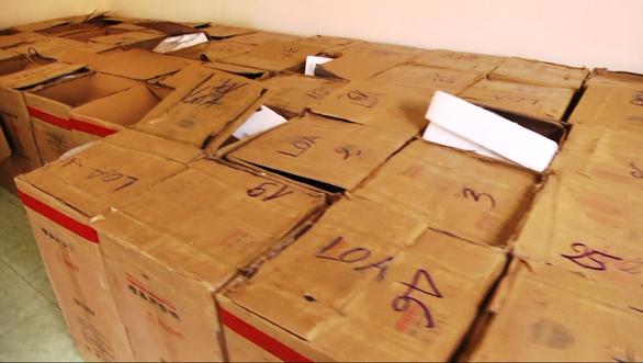Cận cảnh Công an TP.HCM bắt hơn 1,1 tấn ma túy ngụy trang trong loa thùng - Ảnh 4.