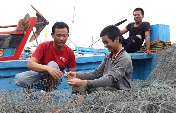 Lo khuyết nhân lực đi biển: Teo tóp dạy nghề khai thác - Ảnh 1.