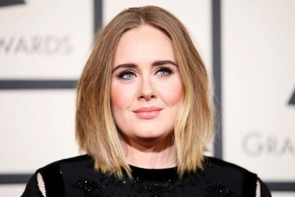 Nữ ca sĩ Adele ly hôn với chồng - Ảnh 1.