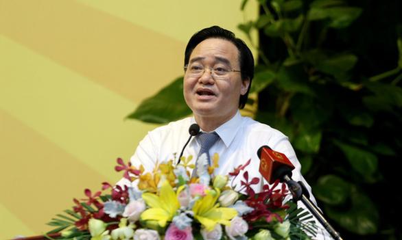 Bộ trưởng Phùng Xuân Nhạ: Nhiều sinh viên ra trường vẫn còn ngơ ngác - Ảnh 2.