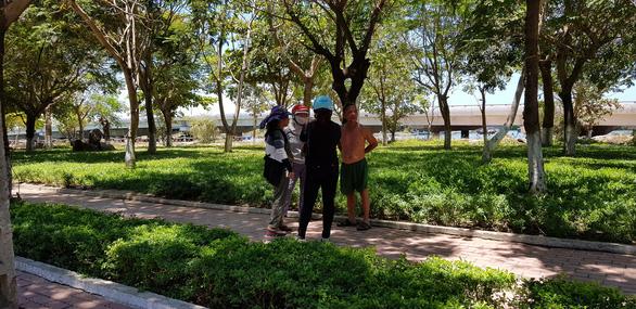 Thu được súng tự tạo trong vụ đánh nhau giữa 2 băng nhóm ở Quy Nhơn - Ảnh 1.