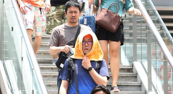 Báo Mỹ: Nắng nóng ở Việt Nam lập kỷ lục qua mọi thời kỳ - Ảnh 2.
