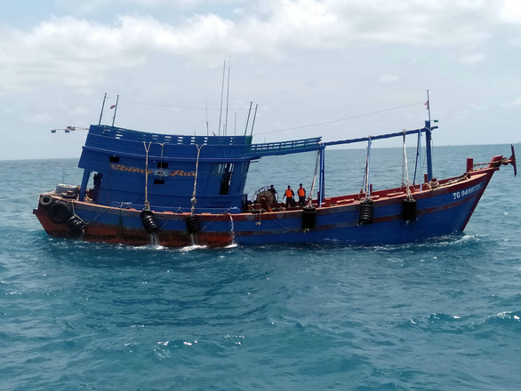 Bắt tàu chở 80.000 lít dầu DO không rõ nguồn gốc ở Côn Đảo - Ảnh 2.