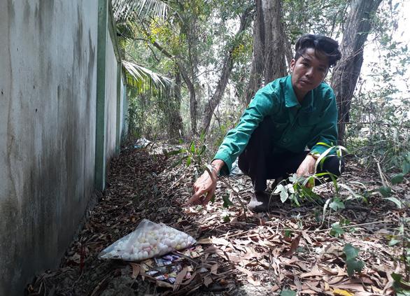Trong 7 năm phát hiện hơn 300 xác thai nhi lẫn trong rác ở Cà Mau - Ảnh 2.