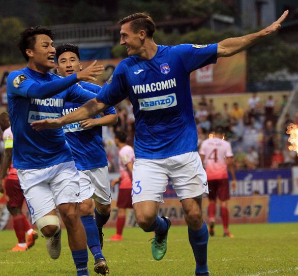 Trừ tiền thưởng các cầu thủ có hành vi phi thể thao CLB Than Quảng Ninh - Ảnh 1.
