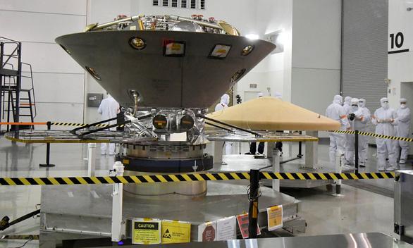 Tàu thăm dò InSight lần đầu phát hiện động đất trên sao Hỏa - Ảnh 2.