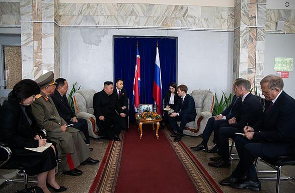 Đoàn tàu ông Kim Jong Un đã đến thành phố Vladivostok - Ảnh 2.