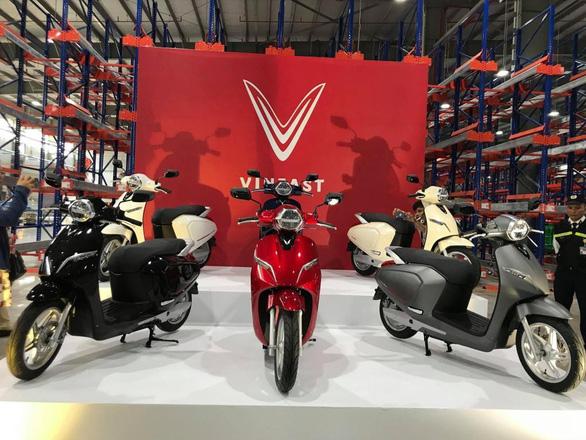 VinFast Klara ắc quy - lựa chọn xe tay ga trong tầm giá 25 triệu đồng - Ảnh 1.