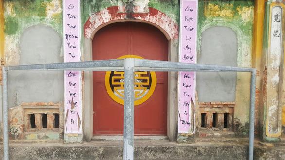 Trụ trì chùa Trung Hành phải sám hối vì dọa thả chó cắn phật tử và uống bia - Ảnh 4.