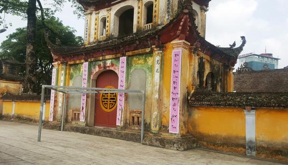 Trụ trì chùa Trung Hành phải sám hối vì dọa thả chó cắn phật tử và uống bia - Ảnh 3.
