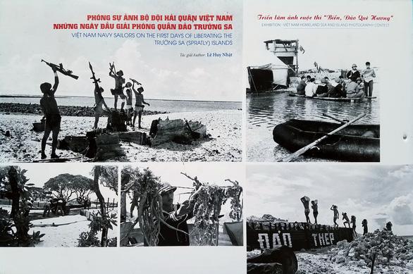 Ảnh biển đảo đẹp đến ngỡ ngàng trên phố đi bộ Nguyễn Huệ - Ảnh 5.