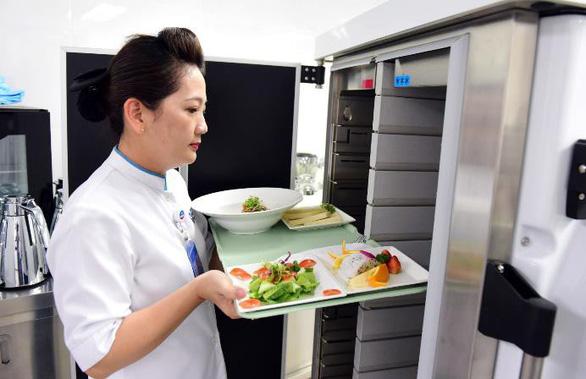 Bệnh nhân ung thư tiêu hóa suy kiệt nhanh vì thiếu dinh dưỡng - Ảnh 1.