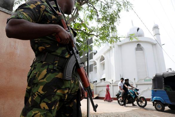 IS nhận đánh bom quốc đảo du lịch Sri Lanka làm thế giới lo sợ - Ảnh 1.