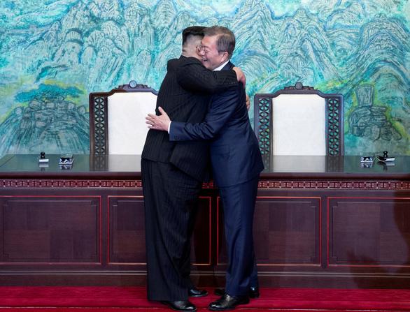 Triều Tiên kêu gọi Hàn Quốc phớt lờ Mỹ, hợp tác với Bình Nhưỡng - Ảnh 1.