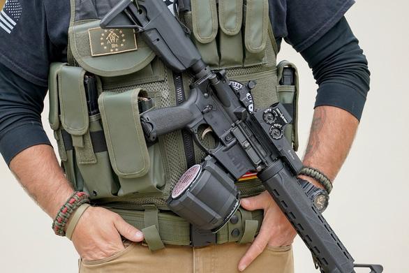 EU, LHQ phản ứng vì Mỹ rút khỏi hiệp ước buôn bán vũ khí - Ảnh 2.