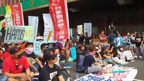 Bị bóc lột quá mức, lao động Việt viết tâm thư gửi chính quyền Đài Loan - Ảnh 1.