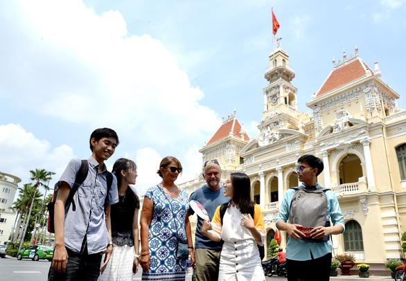 Trở về với Việt Nam trong tim - Ảnh 2.