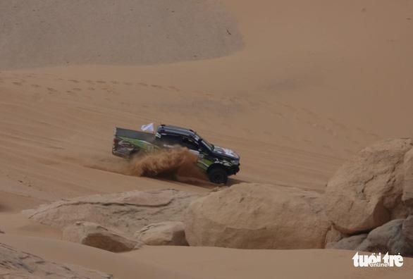 33 xe địa hình so tài trên hoang mạc Mũi Dinh - Ảnh 3.