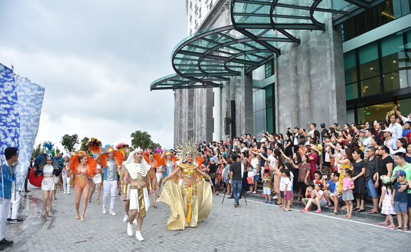 Vũ điệu đường phố nóng bỏng khuấy động Carnaval Hạ Long 2019 - Ảnh 12.