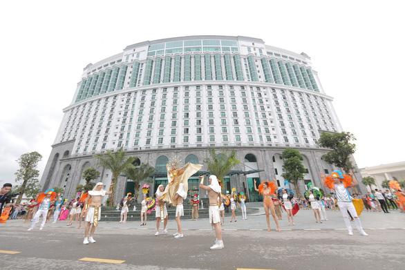 Vũ điệu đường phố nóng bỏng khuấy động Carnaval Hạ Long 2019 - Ảnh 13.