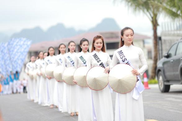 Vũ điệu đường phố nóng bỏng khuấy động Carnaval Hạ Long 2019 - Ảnh 4.