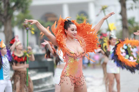 Vũ điệu đường phố nóng bỏng khuấy động Carnaval Hạ Long 2019 - Ảnh 9.