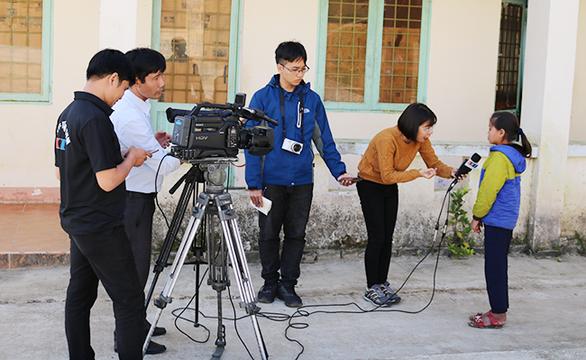 Trò chuyện với nhà báo trẻ từ Kon Tum - Ảnh 2.