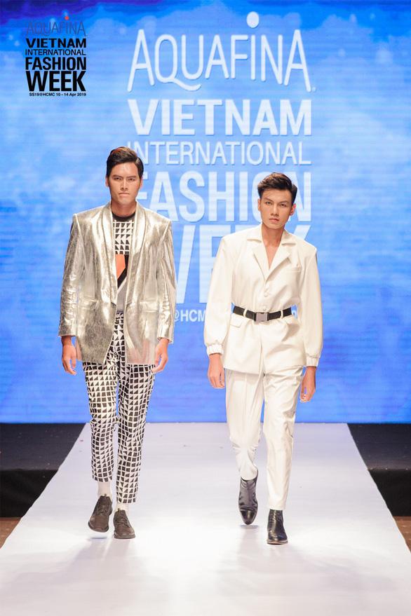 Nhà thiết kế nổi danh Hàn Quốc đến Tuần lễ Thời trang Quốc tế Việt Nam - Ảnh 4.