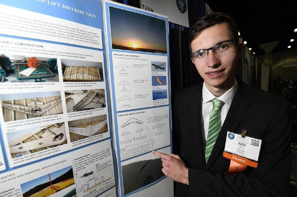 Những người trẻ thông minh nhất thế giới - Kỳ 4: Nhà thiết kế máy bay trẻ tuổi - Ảnh 1.