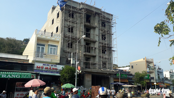 Gần 2 tháng rưỡi chưa giải quyết xong vụ tai nạn lao động làm 3 người chết ở An Giang - Ảnh 2.