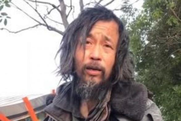 Một người vô gia cư sợ Internet vì quá nổi tiếng trên mạng - Ảnh 1.