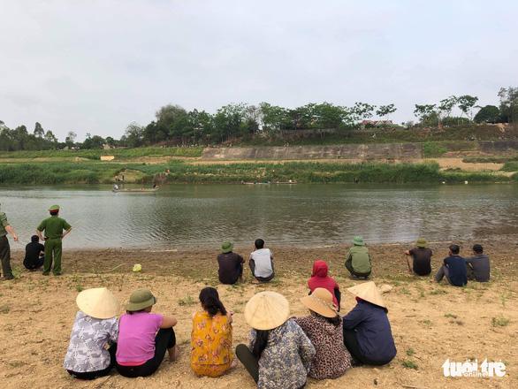 Tìm thấy thi thể 3 học sinh chết đuối ở Nghệ An - Ảnh 1.