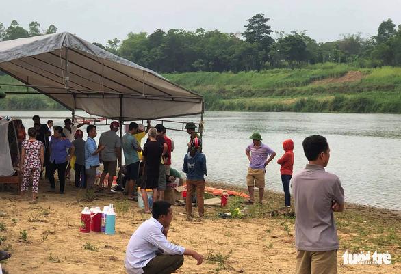 Tìm thấy thi thể 3 học sinh chết đuối ở Nghệ An - Ảnh 2.