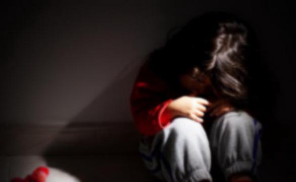 Nhiều vụ dâm ô, xâm hại trẻ: phải tăng hình phạt? - Ảnh 1.