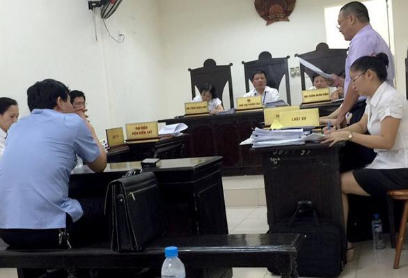 Nguyên bộ trưởng Phạm Vũ Luận thua kiện vụ thu hồi bằng tiến sĩ - Ảnh 1.